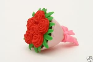 IWAKO NOVELTY ERASERS / RUBBERS - RED BOUQUET OF FLOWERS