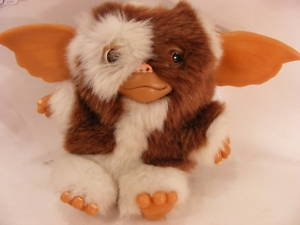 "8"" GIZMO GREMLIN FROM THE HIT MOVIE GREMLINS (1)"